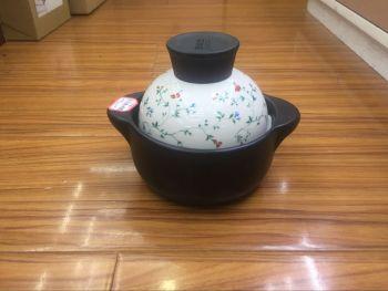 Clay pot sauvignon 0.6l (rococo) heat resistant 880 degree soup pot casserole.