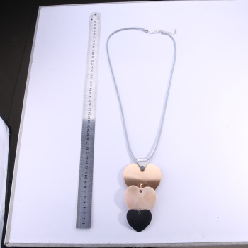 Fashion metal alloy pendant lady's long necklace.