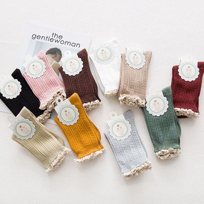 Japanese autumn new pure color women's socks lace vintage leisure ladies in cotton socks factory direct sales.