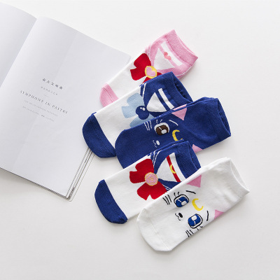 New American girl warrior cartoon ship socks water ice moon socks month hare cotton sweet creative breathable hot money.