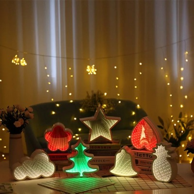 Creative cloud five star Christmas tree love bell tunnel lamp.