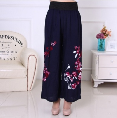 Middle-aged and old cotton nine-point wide-leg pants printed high-waist casual skirt yellow belt women's trousers.