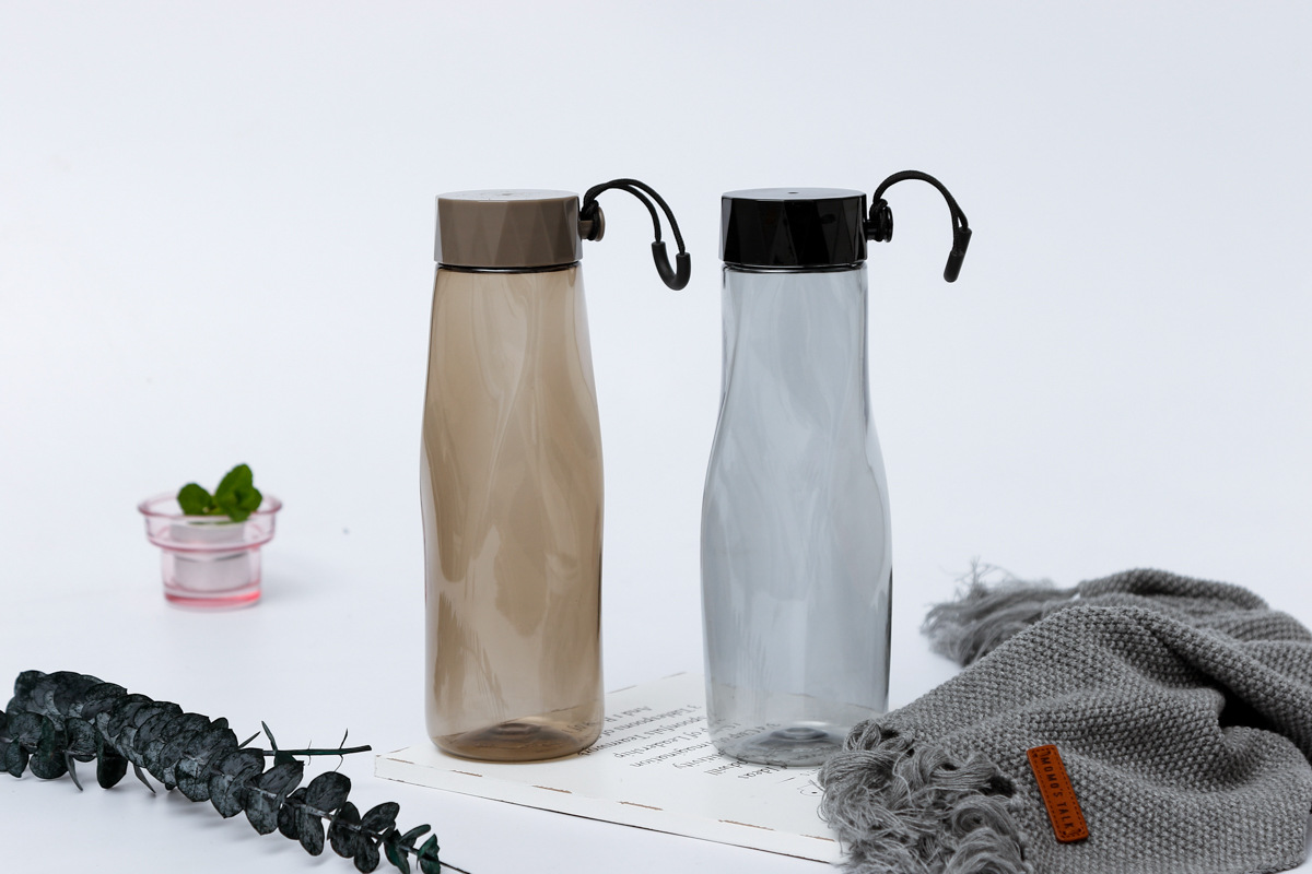 Hot-style diamond ice peak plastic cup Korean style water cup wholesale.