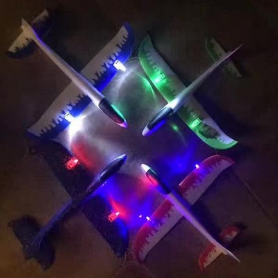 Double - wei toys special effects spin light toys science education EPP hand - throwing aircraft