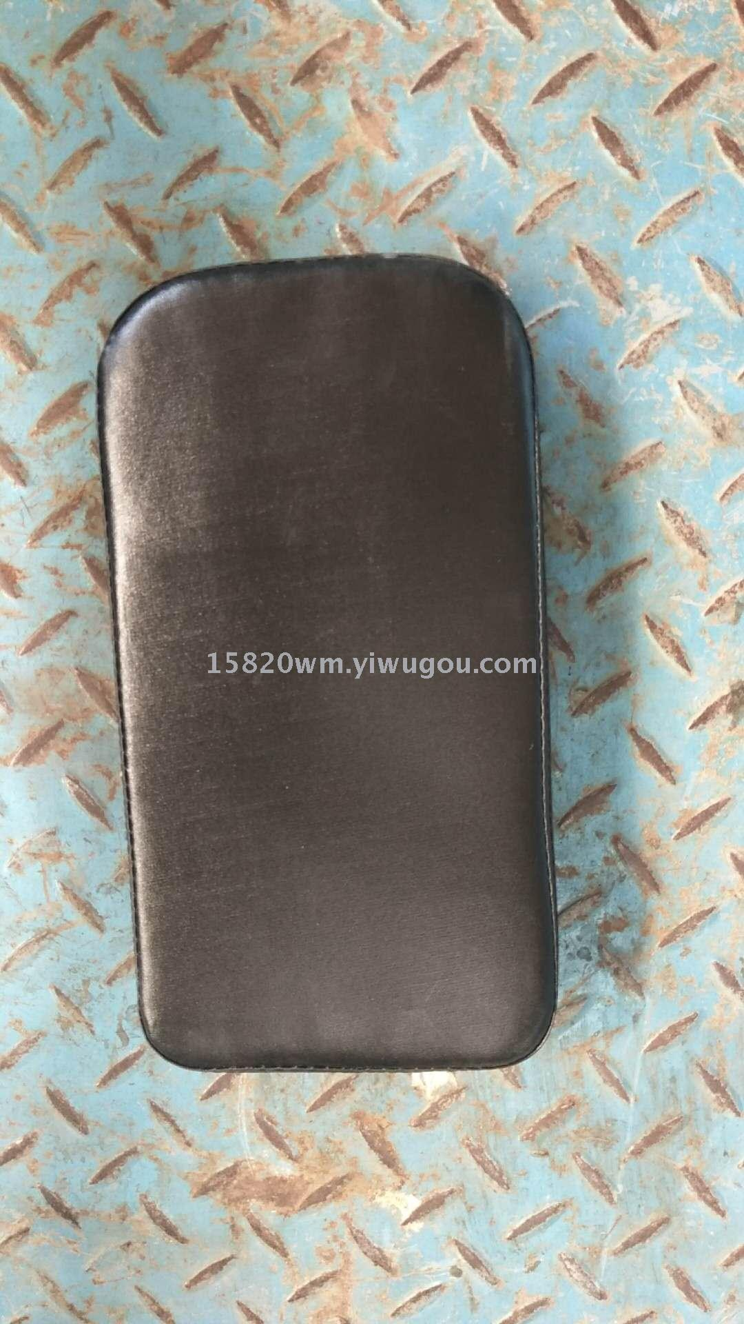 Supply The Rear Seat Cushion Of The Bicycle Seat Is Mounted On The