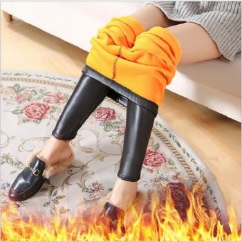 爆款女冬季不倒绒加绒加厚仿皮裤打底裤外穿大码紧身弹力保暖皮裤