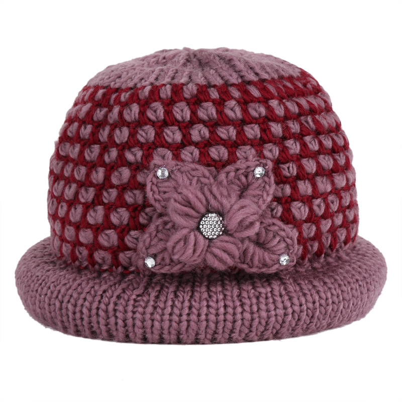 9e88858a6bf Middle aged women  s hats of autumn winter mother  s hats warm hats Middle