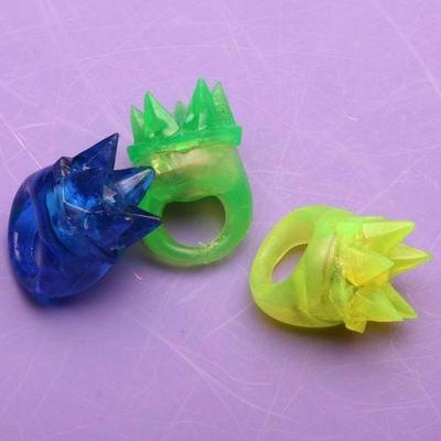 TPR soft rubber rings Crown ring ring Flash Toy rings new environmentally friendly materials