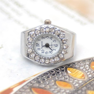 Spot hipster must-have fashion ring watch faux diamond ring sheet