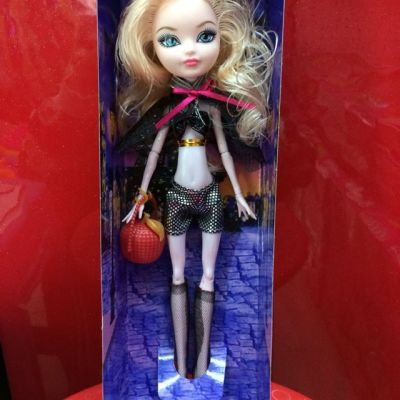 High quality new material 866E monster female High school joints can move, clothes can mix