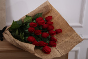 Small wholesale touch Rose Bud moisture simulation roses silk flowers artificial flowers of Rose Bud artificial flower
