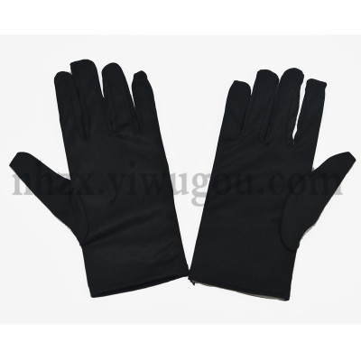 Three polyester reinforcement gloves 9