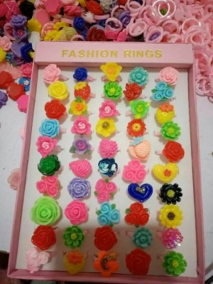 Plastic flower ring in box