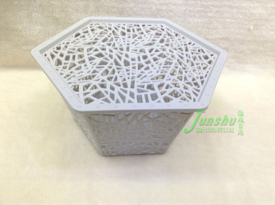 Hollow box PP material with a small box to induce the box creative hexagonal basket
