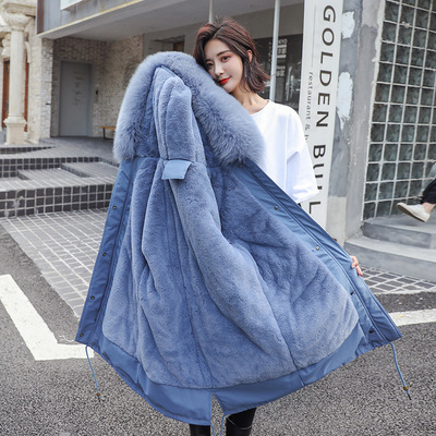 In the new autumn and winter 2019 female version of the down jacket, long and loose bf waist slim parker fur coat
