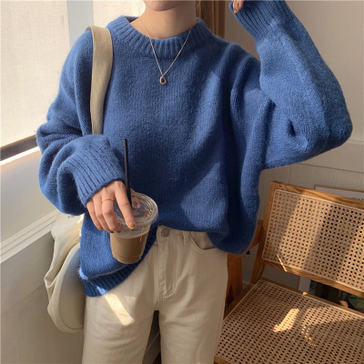The new Korean version of 2019 is a lazy, solid color, round-neck, long-sleeved sweater for women