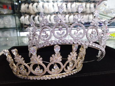 Zircon crown bridal accessories photo studio supplies Europe, the United States and South Chesapeake high - end popular birthday party ornaments into people wear