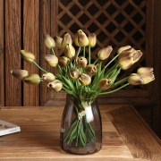 Yibo Factory Wholesale Cross-Border Foreign Trade Flower Wedding Home Decoration Artificial Flower Pu Bunch Tulip